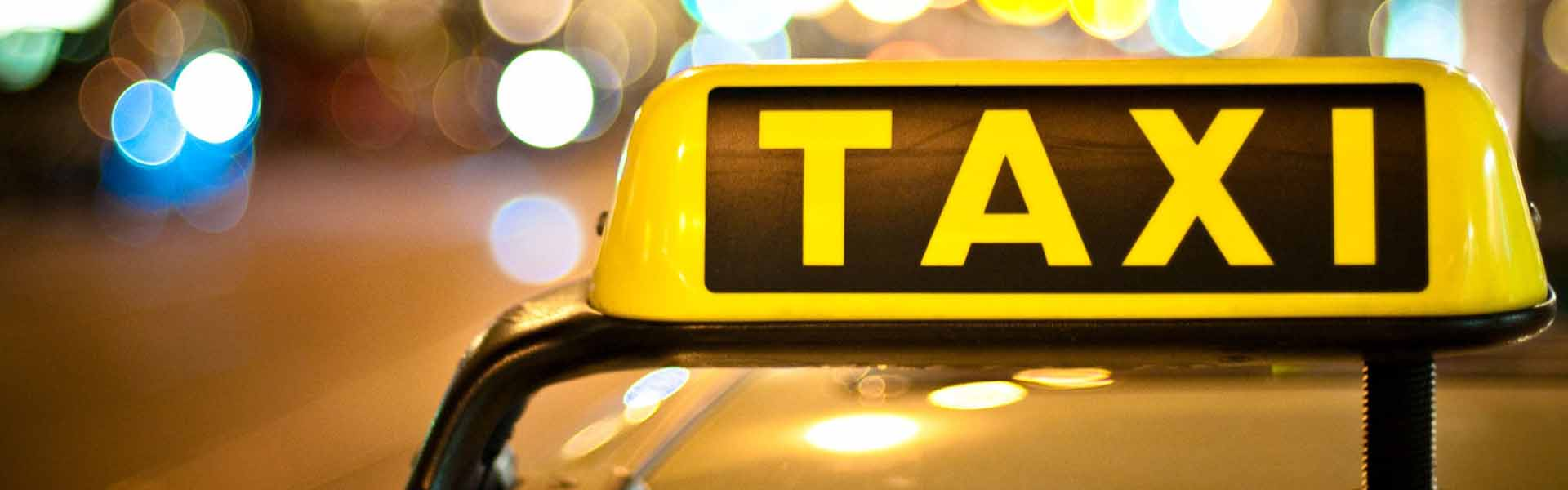 Rent a car or taxi - what to choose?